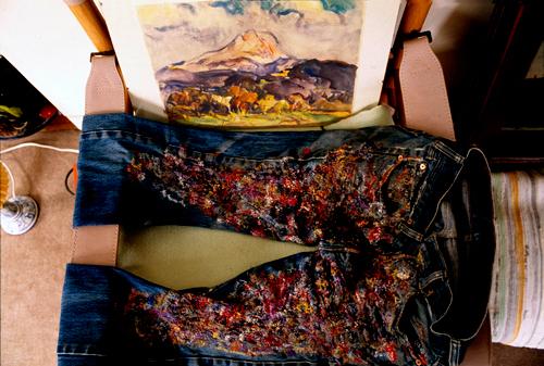 pantaloni e la montagne Sainte Victoire