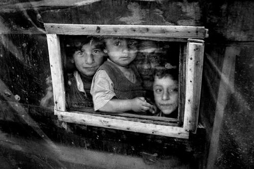 La finestra-Tendopoli di Yenisehir-Provincia di Bursa