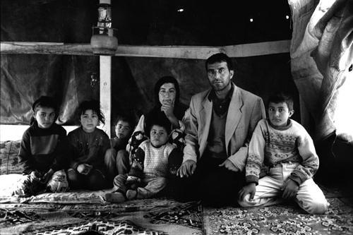 Daout e Sadiye con i figli Erhan,Kasban,Kesire,Sozdar,Omer-Tendopoli di Kesan-Provincia di Edirne