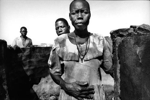 Superstiti dopo l'attacco dei ribelli-Villaggio protetto di Pagak-Gulu