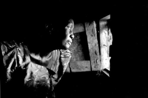 Al calar della notte inizia il pericolo - Campo di rifugiati di Odek
