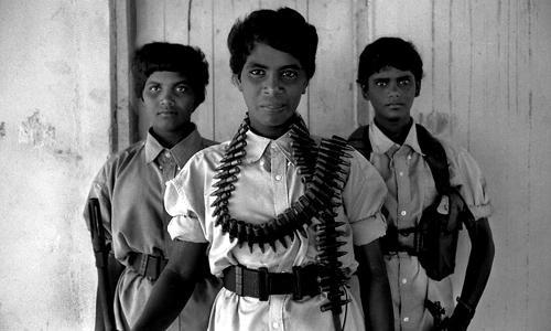Giovani combattenti delle Tigri Tamil-Batticaloa