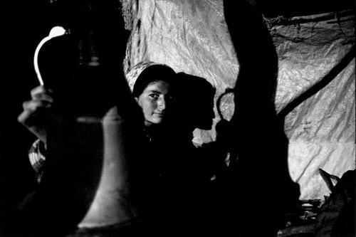 Nella tenda di Emine la notte